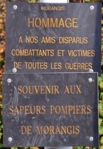 souvenir-aux-sapeurs-pompiers-de-morangis
